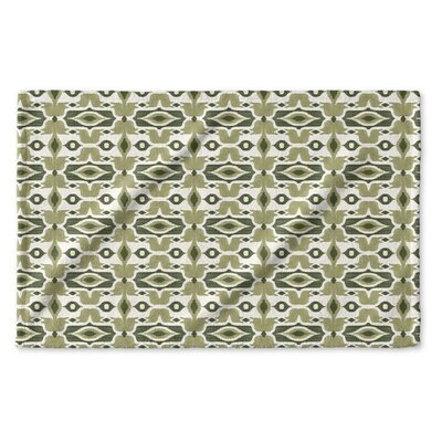 Cosmos Hand Towel Color: Green/ Ivory