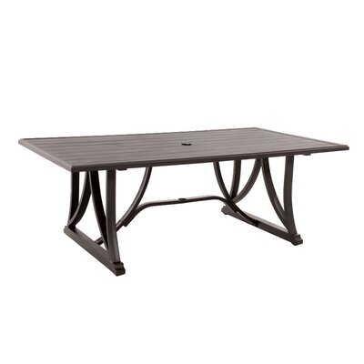 Biscarta Dining Table