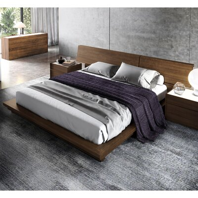 Hunter Platform Bed Size: King