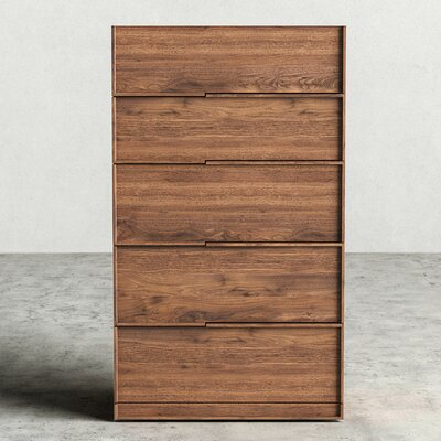 Hunter 5 Drawer Dresser Finish: Walnut