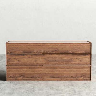 Hunter 3 Drawer Dresser Finish: Walnut