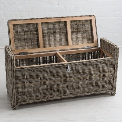 Orava Wicker Storage Bench