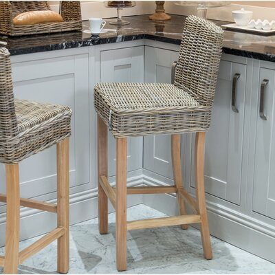 Orava 30 Bar Stool