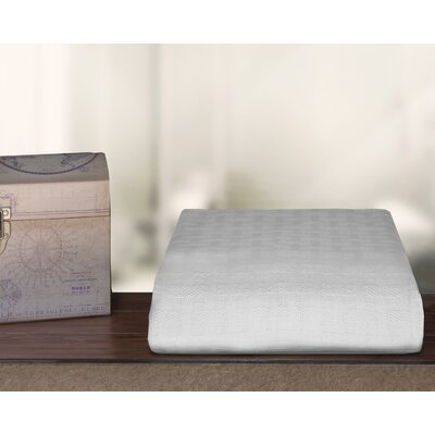 Ultra Soft Cotton Blanket Color: White, Size: Full/Queen