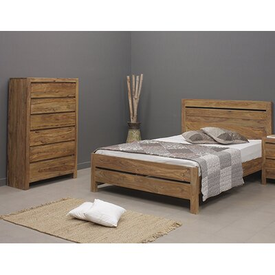 Berrilee Queen Platform Customizable Bedroom Set