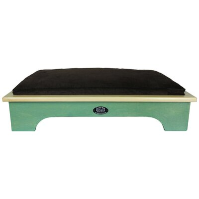 Dog Bed Color: Woodland Green, Size: Medium