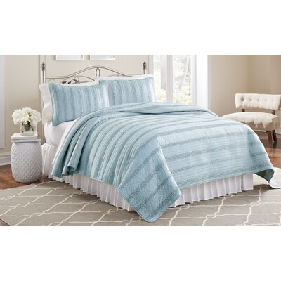 Arthur 3 Piece Ruffled Quilt Set Size: Twin, Color: Blue