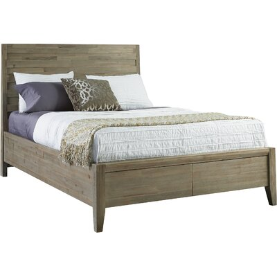 Descartes Panel Bed Size: Queen
