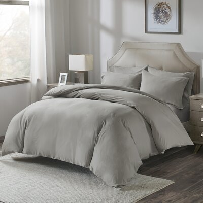 Motte 4 Piece Duvet Cover Set Size: King, Color: White