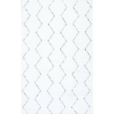 Carrington Hand-Tufted White Area Rug Rug Size: 5 x 8