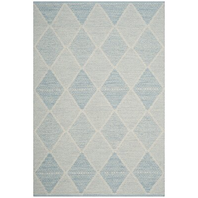 Oxbow Hand-Woven Light Blue Area Rug Rug Size: 5 x 8