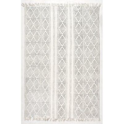Dunkirk Handmade Off White Area Rug Rug Size: Rectangle 76 x 96