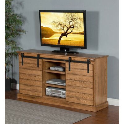 Castres 65 TV Stand Color: Rustic Oak