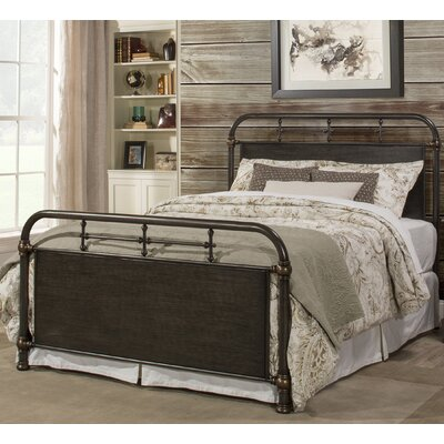 Kelly Panel Bed Size: Queen