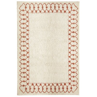 Cavanaville Chained Border Beige/Coral Area Rug Rug Size: Rectangle 8 x 10