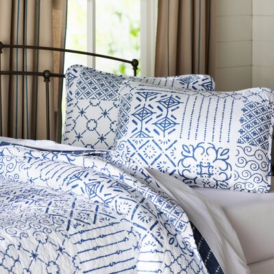 Hawthorn 3 Piece Quilt Set Size: Full/Queen