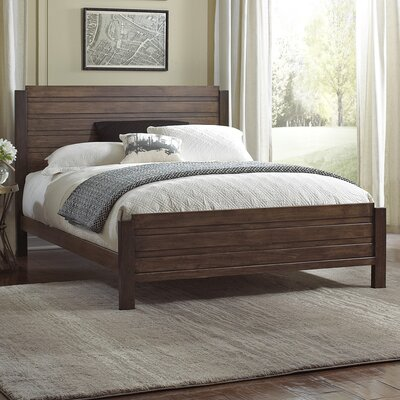 Loretta Panel Bed Size: Queen