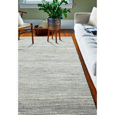 Deaver Hand-Knotted Gray Area Rug Rug Size: 5 x 76