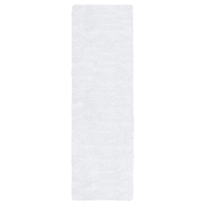 Lin Shag Hand-Tufted White Area Rug Rug Size: Runner 2'6