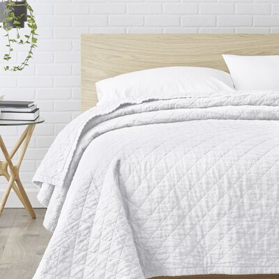 Susann Quilted Washed Belgian Linen Coverlet Color: Eggshell White, Size: Queen