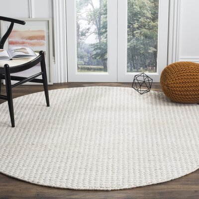 Newry Hand-Tufted Ivory/Silver Area Rug Rug Size: Round 6