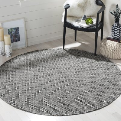 Oxbow Hand-Woven Ivory/Black Area Rug Rug Size: Round 6