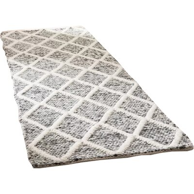 Billie Hand-Tufted Ivory/Black Area Rug Rug Size: Runner 23 x 8
