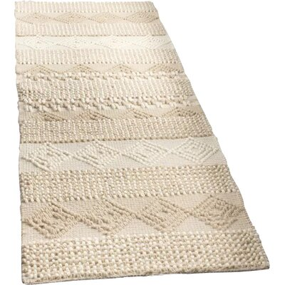 Billie Hand-Tufted Beige/Ivory Area Rug Rug Size: Runner 23 x 8