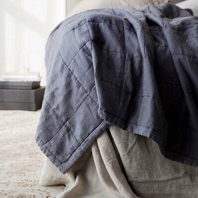 Linen Quilt Color: Charcoal Gray