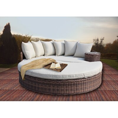 Duran Deluxe Overstuffed Daybed with Cushions