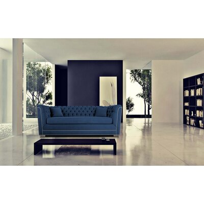 Buckingham Chesterfield Sofa Upholstery: Navy