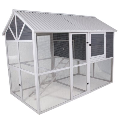 Garden Walk-In Chicken Coop with Nesting Box and Roosting Bar