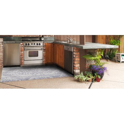 Brush Strokes Gray/Ivory Indoor/Outdoor Area Rug Rug Size: 112 X 411