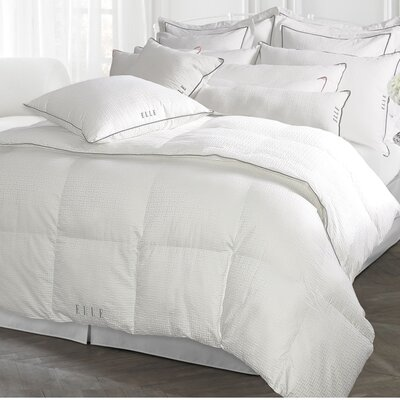 Damask All Season Down Alternative Comforter Size: King