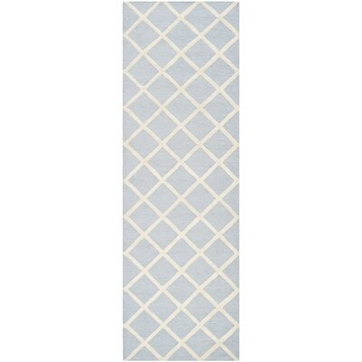 Cambridge Hand-Tufted Wool Gray/Ivory Area Rug Rug Size: Runner 26 x 8