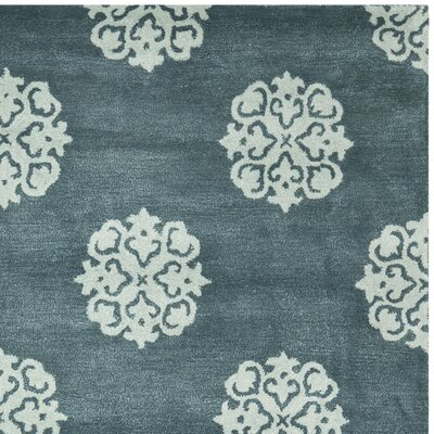 Soho Slate Blue/Light Blue Area Rug Rug Size: Rectangle 96 x 136