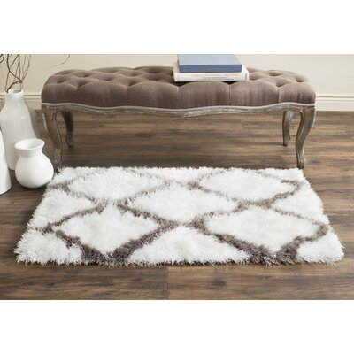 Lizabeta Ivory/Silver Area Rug Rug Size: Rectangle 4 x 6