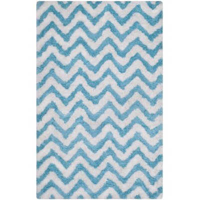 Area Rug Rug Size: Rectangle 5 x 8