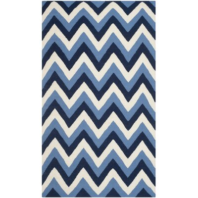 Dhurries Navy / Light Blue Chevron Area Rug Rug Size: 4 x 6