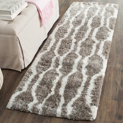 Barcelona Silver/White Area Rug Rug Size: Rectangle 4 x 6