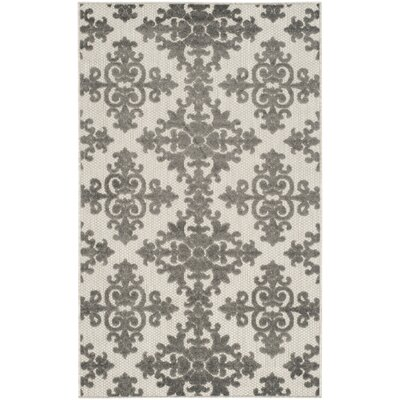 Clarence Traditional Indoor/Outdoor Area Rug Rug Size: Rectangle 4 x 6