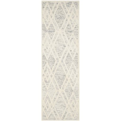 Medina Hand Tufted Gray/Ivory Area Rug Rug Size: Runner 2'6