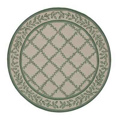 Kinchen Ivory & Light Green Wilton Trellis Area Rug Rug Size: Round 8