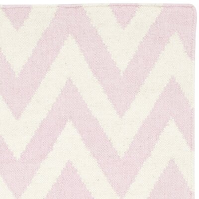 Moves Like Zigzagger Pink Rug Rug Size: 4 x 6