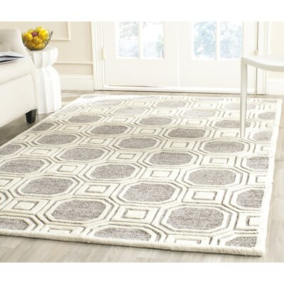 Precious Hand-Tufted Gray/Ivory Area Rug Rug Size: Rectangle 8 x 10