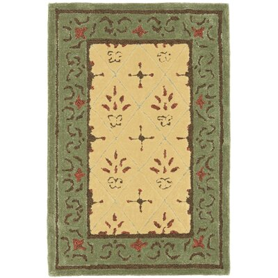 DuraArea Rug Beige/Green Area Rug Rug Size: Rectangle 6 x 9
