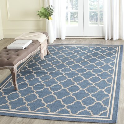 Courtyard Indoor/Outdoor Blue/Beige Area Rug Rug Size: Round 67