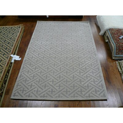 Hand-Hooked Gray Area Rug