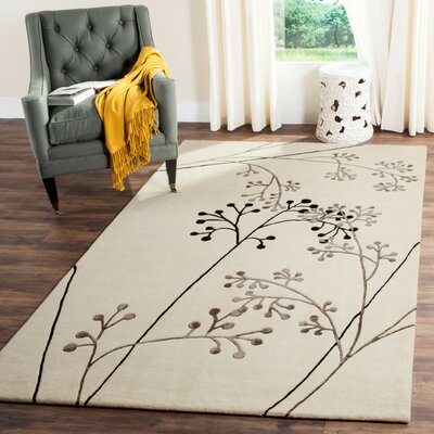 Hamilton HN856A Beige / Green Contemporary Rug Rug Size: Rectangle 2 x 3