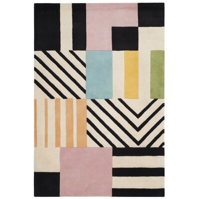 Fifth Avenue Hand-Tufted Ivory/Black Area Rug Rug Size: 4' x 6'